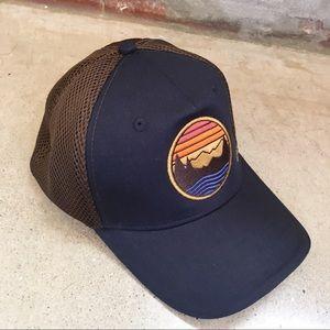 NWT LL Bean performance trucker snapback hat